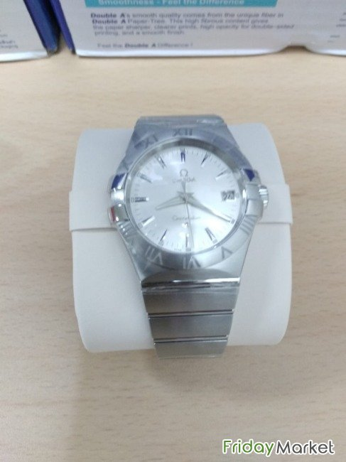 OMEGA BRAND NEW WATCH NEVER USED (bought On 22 Jan 19) Doha Qatar