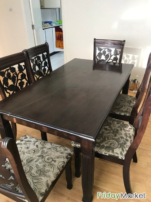 Good Condition 6 Seater Dining Table Umm Said Qatar